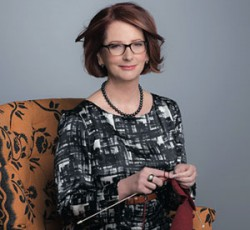 Julia Gillard knitting in Women's Weekly